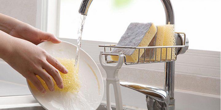 Mách bạn các tác dụng phụ không ngờ tới của nước rửa bát