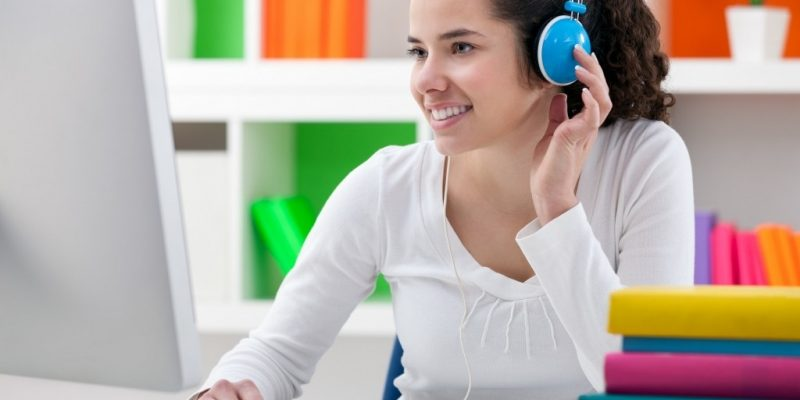 Top 5 website giáo dục giúp học ngoại ngữ dễ dàng hơn